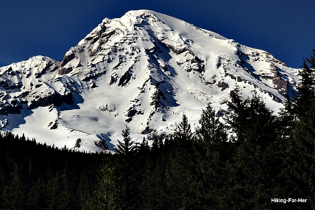 Mt. Rainier in all of her glaciated glory