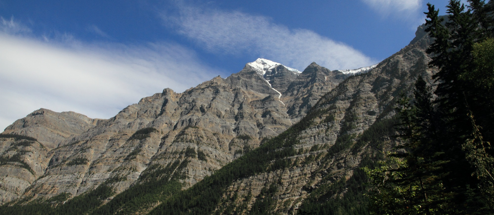 Mount Robson geologic layers